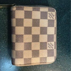 Louis vuitton zippy wallet damiet